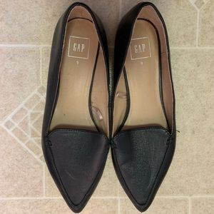 GAP pointy loafers